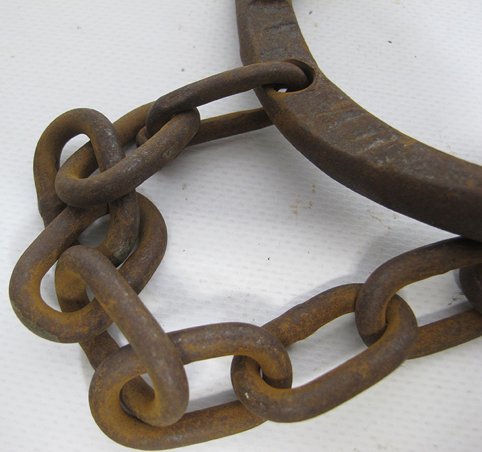 Are not vintage shackles and chain